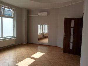 Pomieszczenie 29 m2 do wynajęcia.